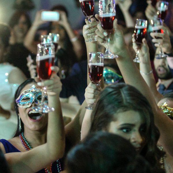 Formandos comemorando na festa